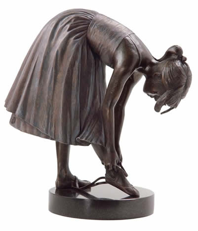 ballet-slippers-solid-bronze-sculpture-5590