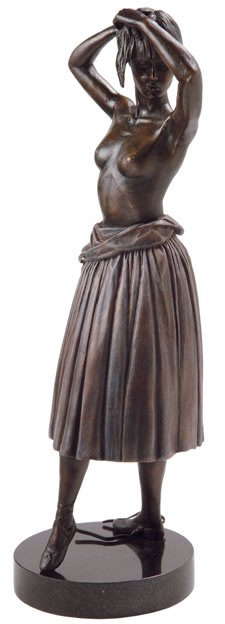 dress-rehearsal-solid-bronze-sculpture-5589