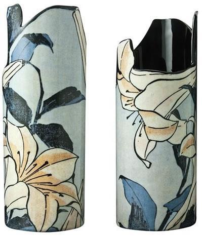 hokusai-lilies-vase-18326