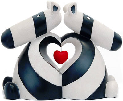 when-two-hearts-beat-as-one-sculpture-6025