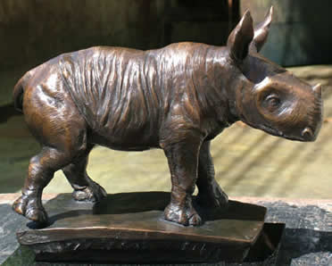 wobbly-rhino-pure-bronze-4822